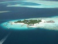 Malediwy na oceanie